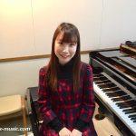新しい先生は実は宝塚ファン 名曲をピアノで弾きませんか