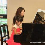 お子さんのピアノは親御さんの夢や経験が後押ししてくれています