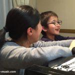 ピアノを習う5つの意義 親以外の大人と関わる体験から得られること
